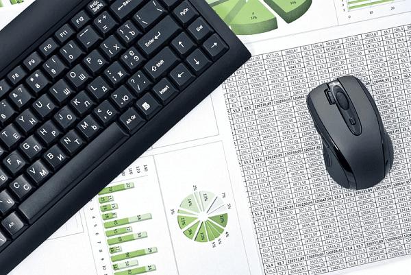 báo cáo và phân tích phần mềm crm